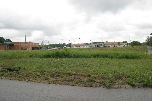 #999 – Stewart Street adjacent to Wal-Mart & KFC