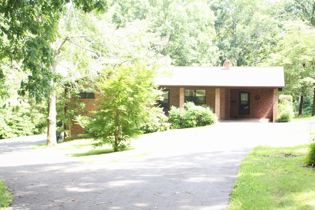 #1332 – 1000 Cherokee Way
