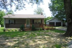– 2106 Old Wolf River Rd.