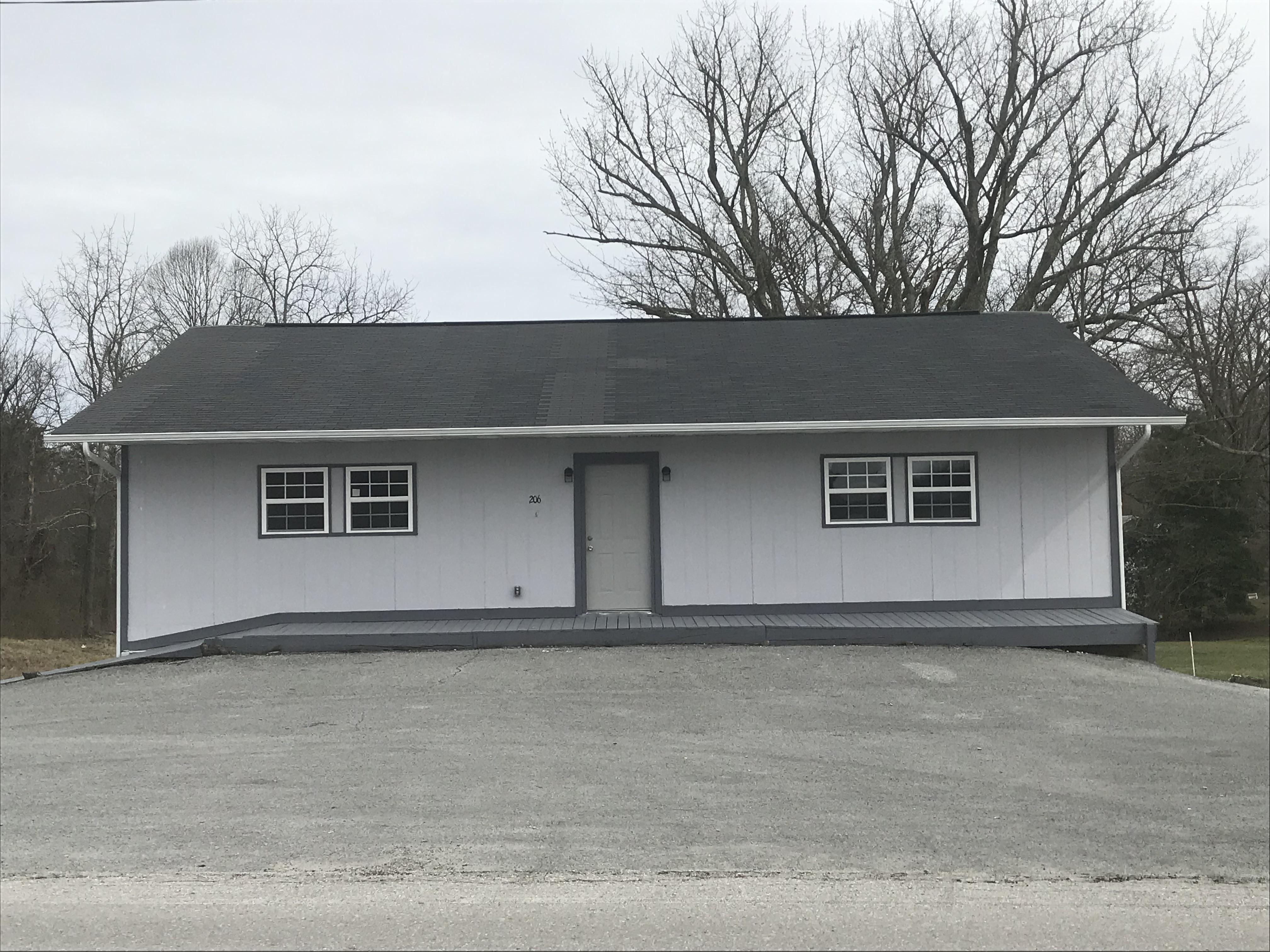 #1750 – 206 White Oak Rd.