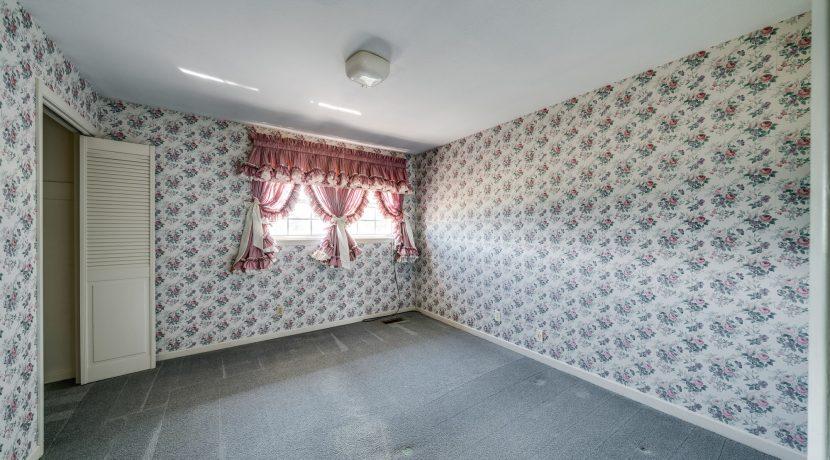 Bedroom 2-1