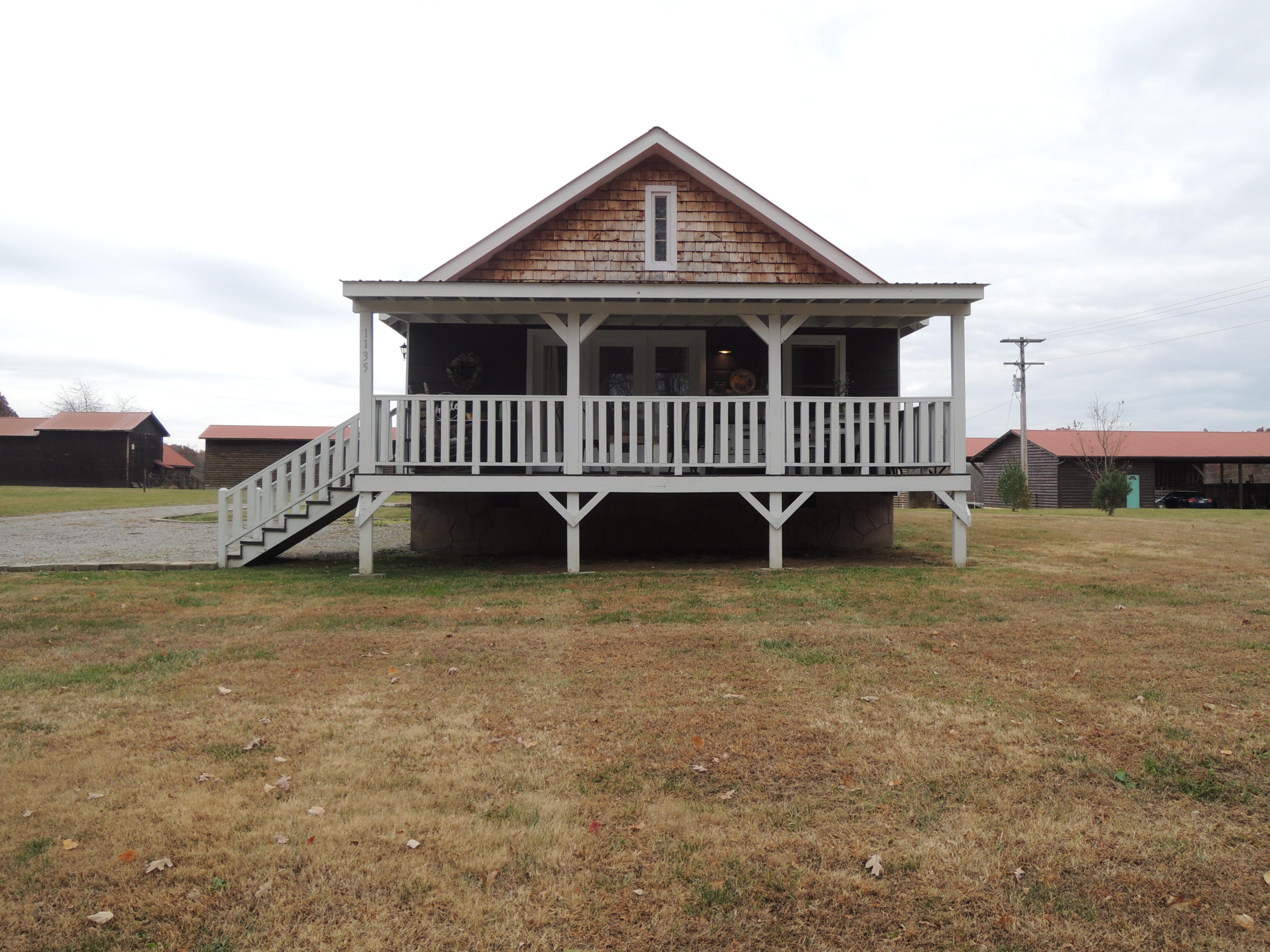 #1832 – 1135 Roanoke Rd.